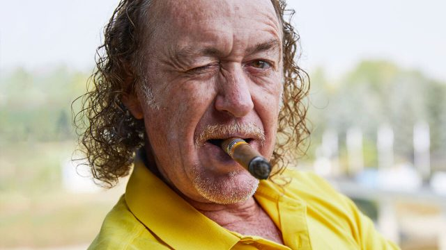 miguel-angel-jimenez-winking-with-cigar