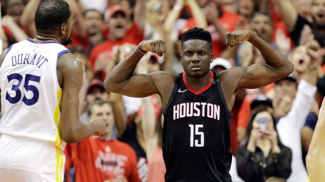 clint-capela-flexes-in-front-of-kevin-durant