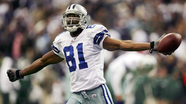 cowboys-receiver-terrell-owens-celebrates-scoring-a-td