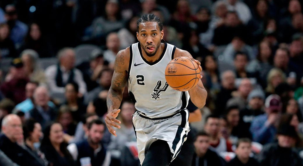 kawhi-leonard-moves-the-ball-up-the-court