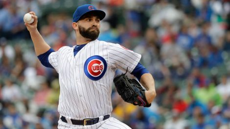 tyler_chatwood_pitches_against_the_cardinals