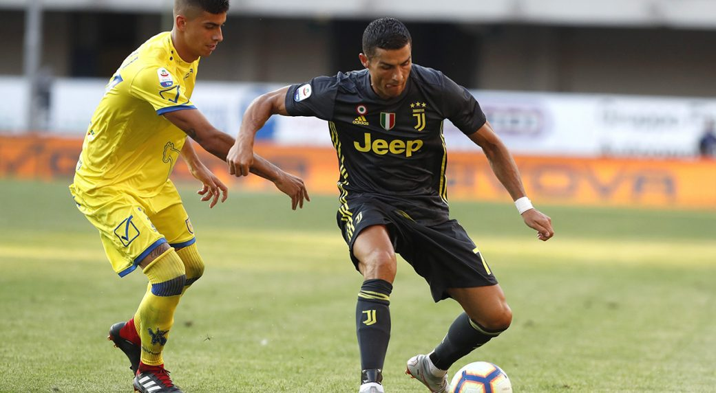 cc6a527d29340 Juventus' Cristiano Ronaldo goes for the ball during the Serie A soccer  match between Chievo Verona and Juventus, at the Bentegodi Stadium in  Verona, Italy, ...