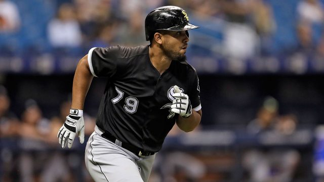 MLB-White-Sox-Abreu-trots-bases-after-home-run