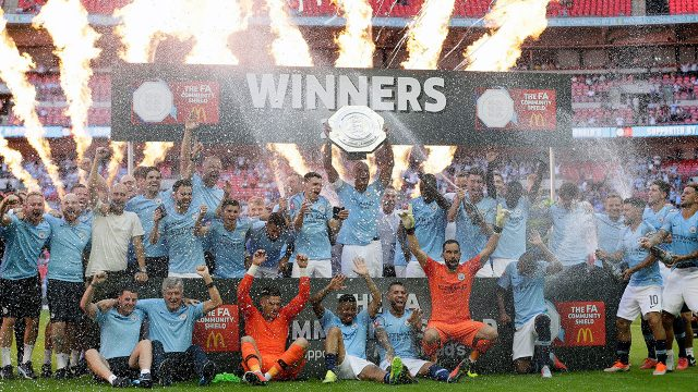 manchester_city_celebrate_winning_the_community_shield