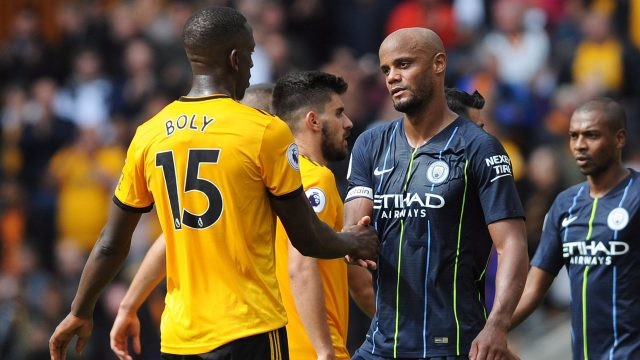 vincent_kompany_shakes_hands_with_willy_boly