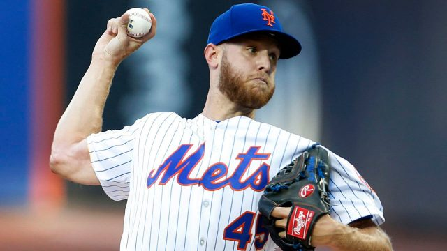 zack-wheeler-pitches-for-mets-against-braves
