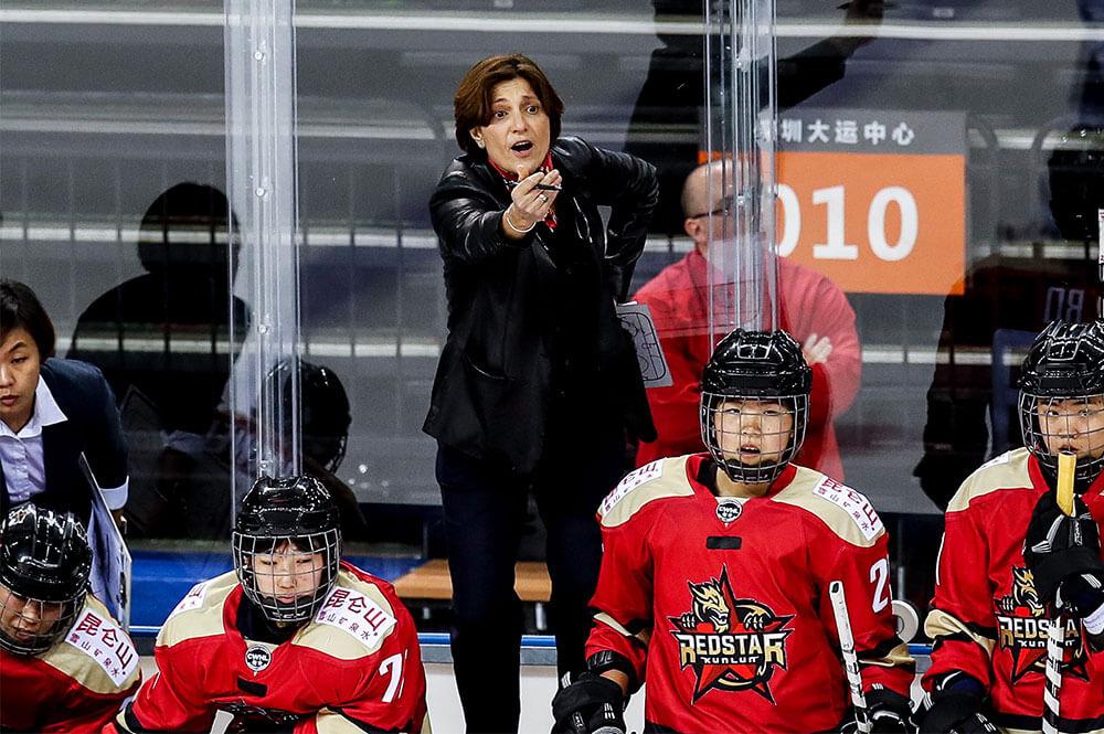 kunlun-red-star-head-coach-digit-murphy-calls-out-from-bench