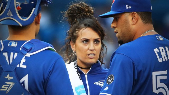 blue-jays-head-athletic-trainer-nikki-huffman-checks-on-rhiner-cruz