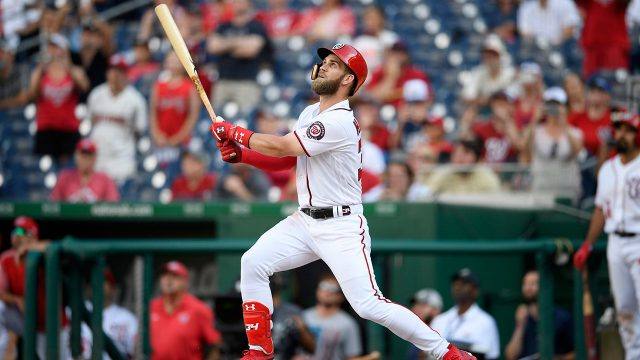 MLB-Nationals-Harper-hits-game-winning-sacrifice-fly-versus-Cardinals