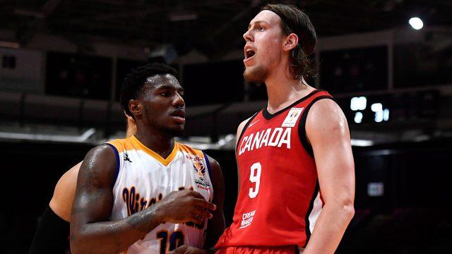 NBA-basketball-Olynyk-playing-during-FIBA-game