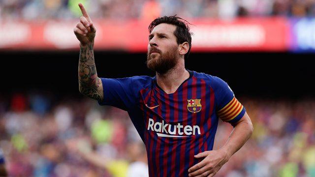 Soccer-Messi-Barcelona-celebrates-goal-against-Huesca