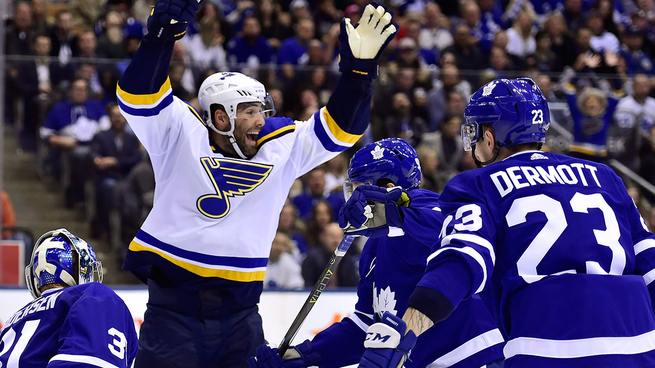 Lightning sign forward Pat Maroon to one-year contract