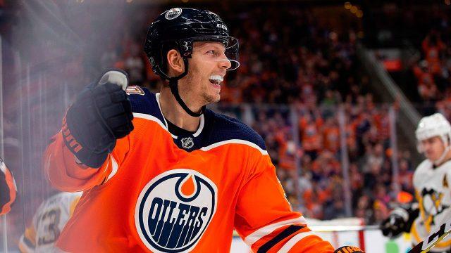 NHL-Oilers-Chiasson-celebrates-goal-against-Penguins