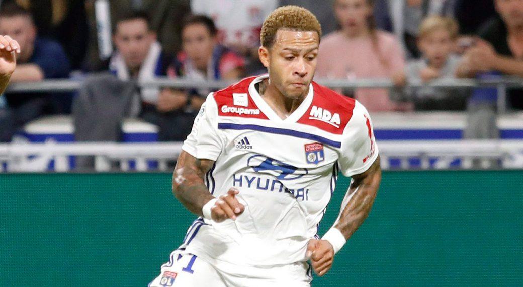Soccer-Lyon-Depay