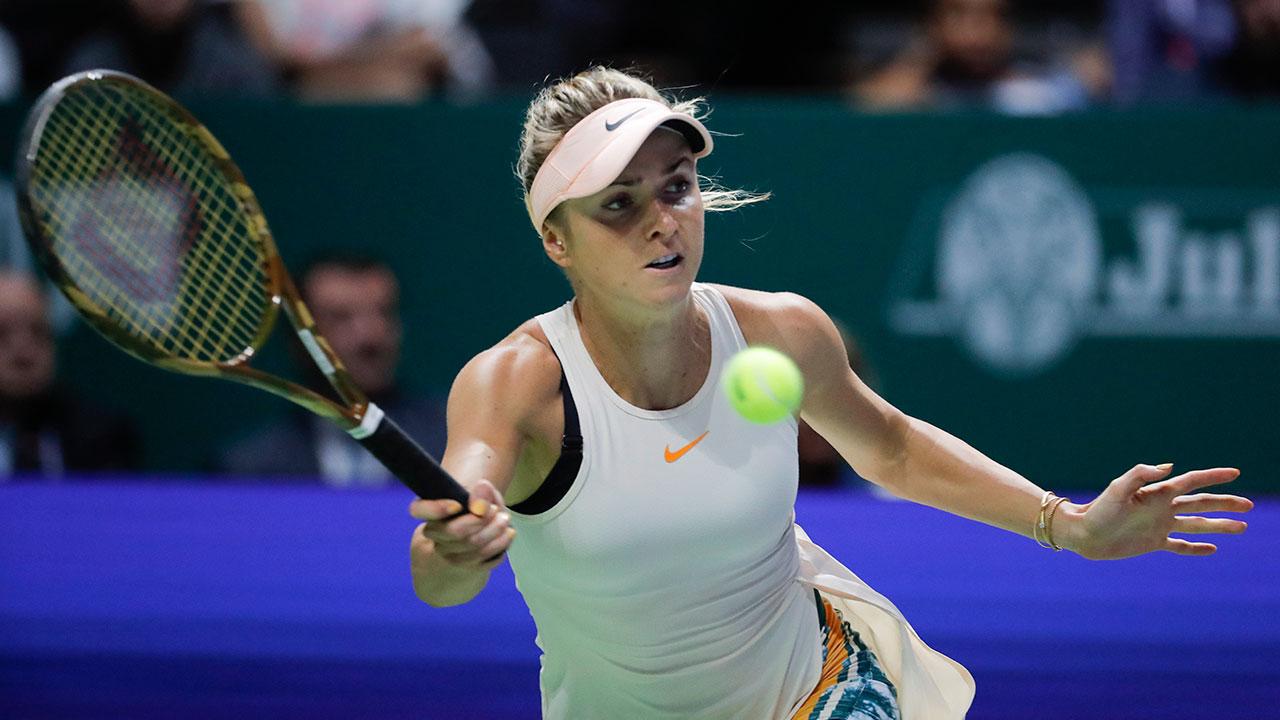 WTA-Svitolina-returns-shot-in-WTA-Finals