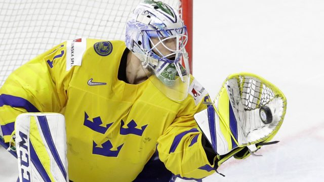 anders-nilsson-makes-save-at-world-hockey-championships