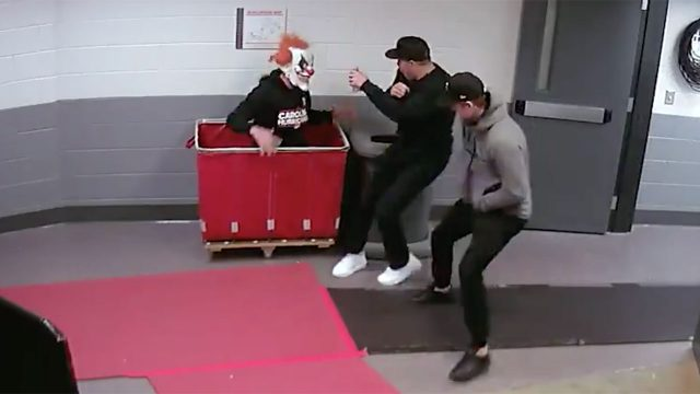justin-williams-scares-carolina-hurricanes-teammates-with-halloween-clown-prank