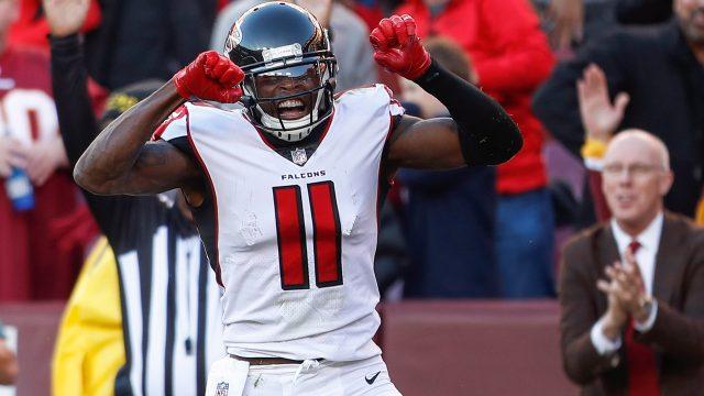 NFL-Jones-scores-first-TD-of-season