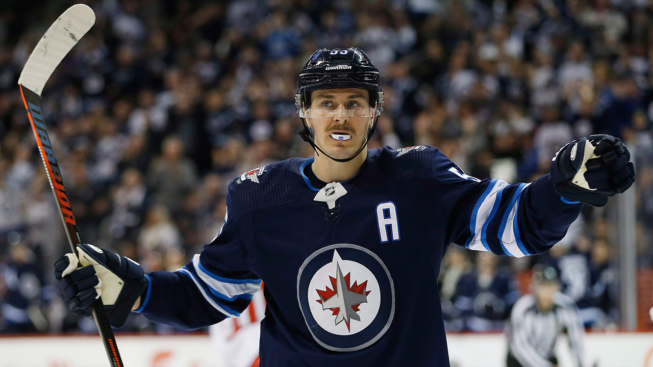 Jets' Mark Scheifele leaves game vs. Flames with apparent leg injury