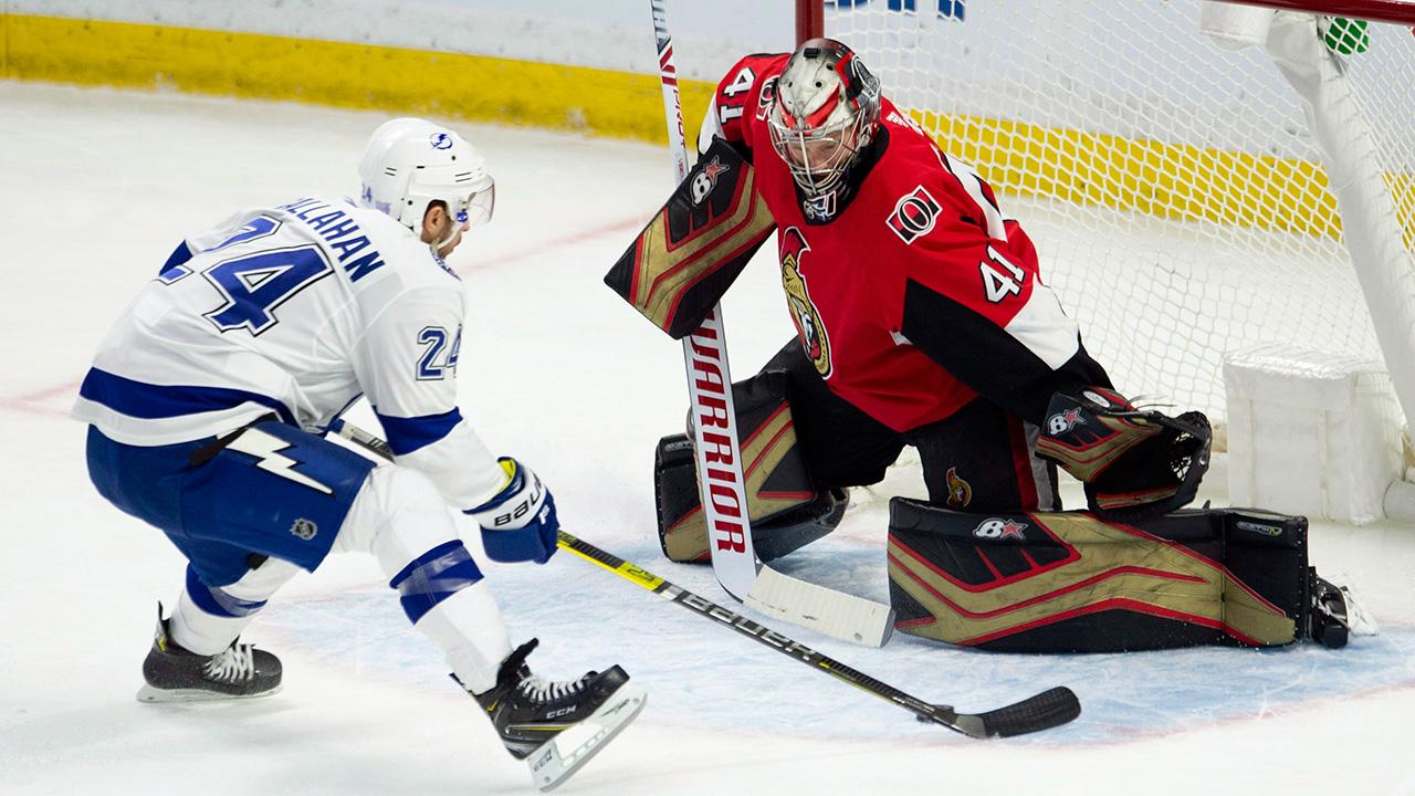 NHL-Lightning-Callahan-shoots-against-Senators