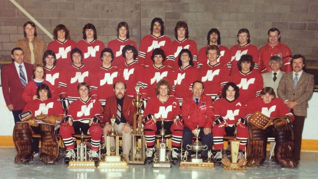 Steve-Yzerman-and-the-1980–81-Nepean-Raiders