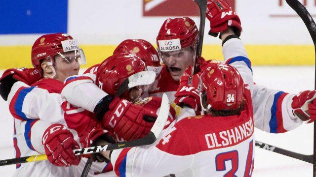 happy-bunch-of-russians