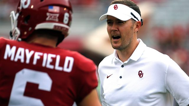 oklahoma-coach-lincoln-riley-speaks-with-baker-mayfield