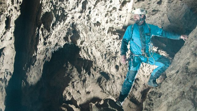 canadian-caver-nick-vieira-underground