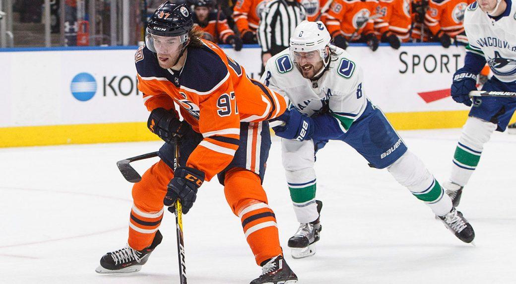 oilers-connor-mcdavid-skates-against-canucks