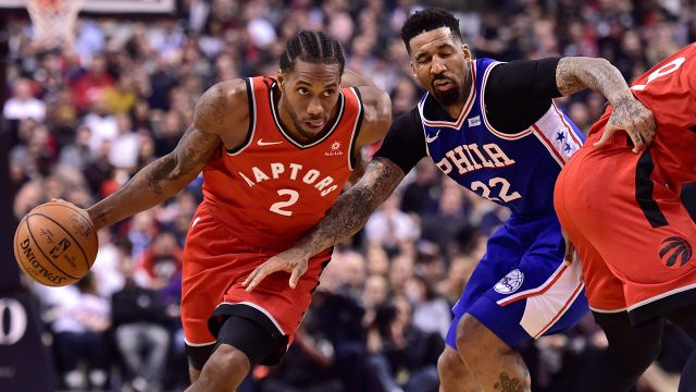 NBA-Raptors-Leonard-drives-against-76ers