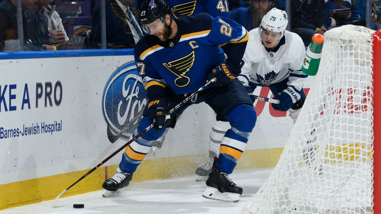 ST.-LOUIS,-MO---NOVEMBER-4:-Alex-Pietrangelo-#27-of-the-St.-Louis-Blues-controls-the-puck-as-William-Nylander-#29-of-the-Toronto-Maple-Leafs-pressures-at-Scottrade-Center-on-November-4,-2017-in-St.-Louis,-Missouri.-(Photo-by-Scott-Rovak/NHLI-via-Getty-Images)