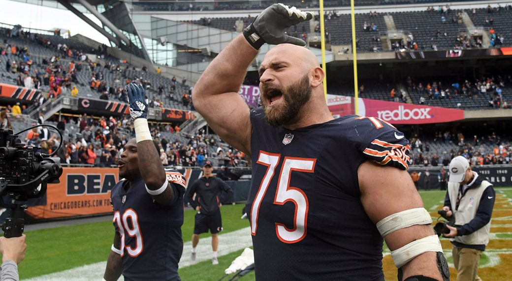 big sale cb1ed 7b103 Bears guard Kyle Long apologizes for behaviour during fight ...