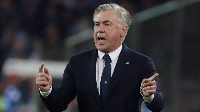 carlo-ancelotti-gives-out-instructions