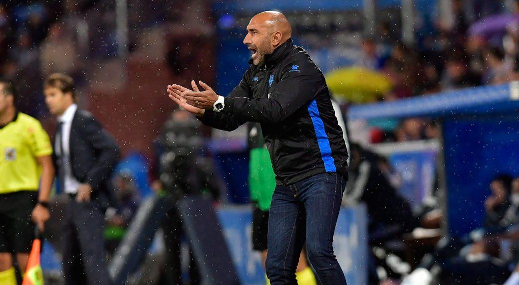 Espanyol fires coach Fernandez ahead of Real Madrid game