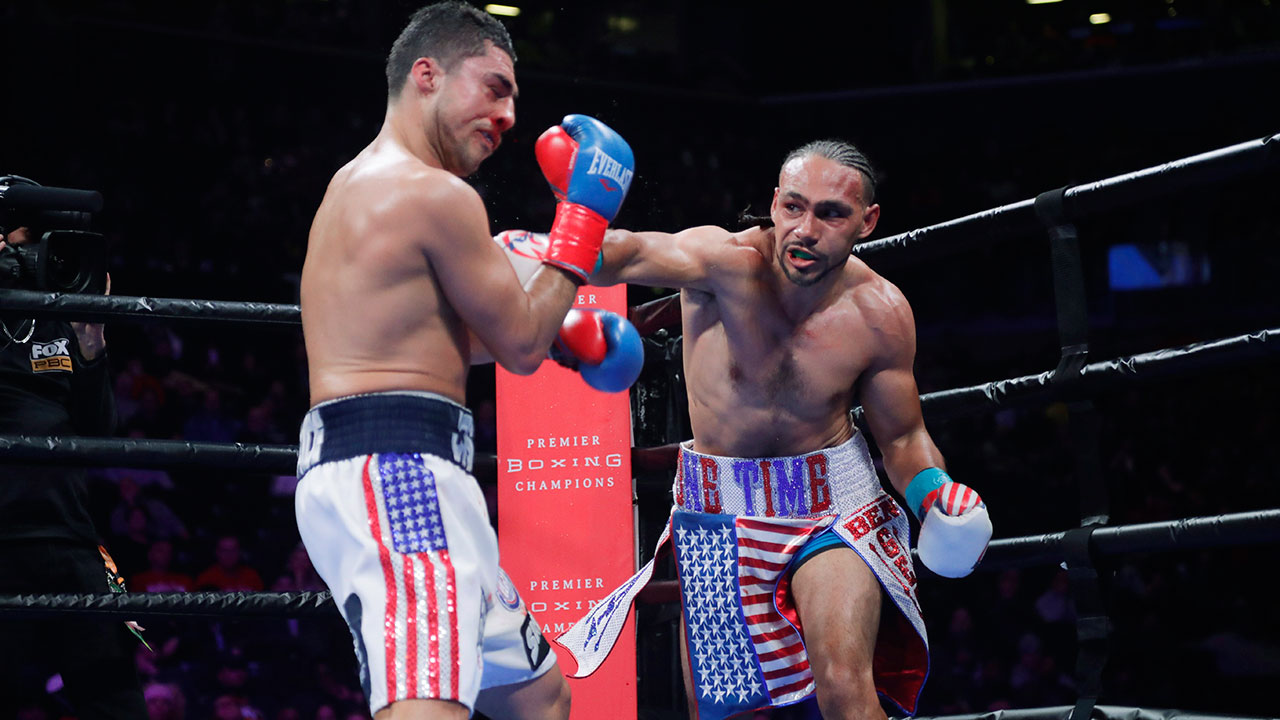 Keith-Thurman-punches-Josesito-Lopez