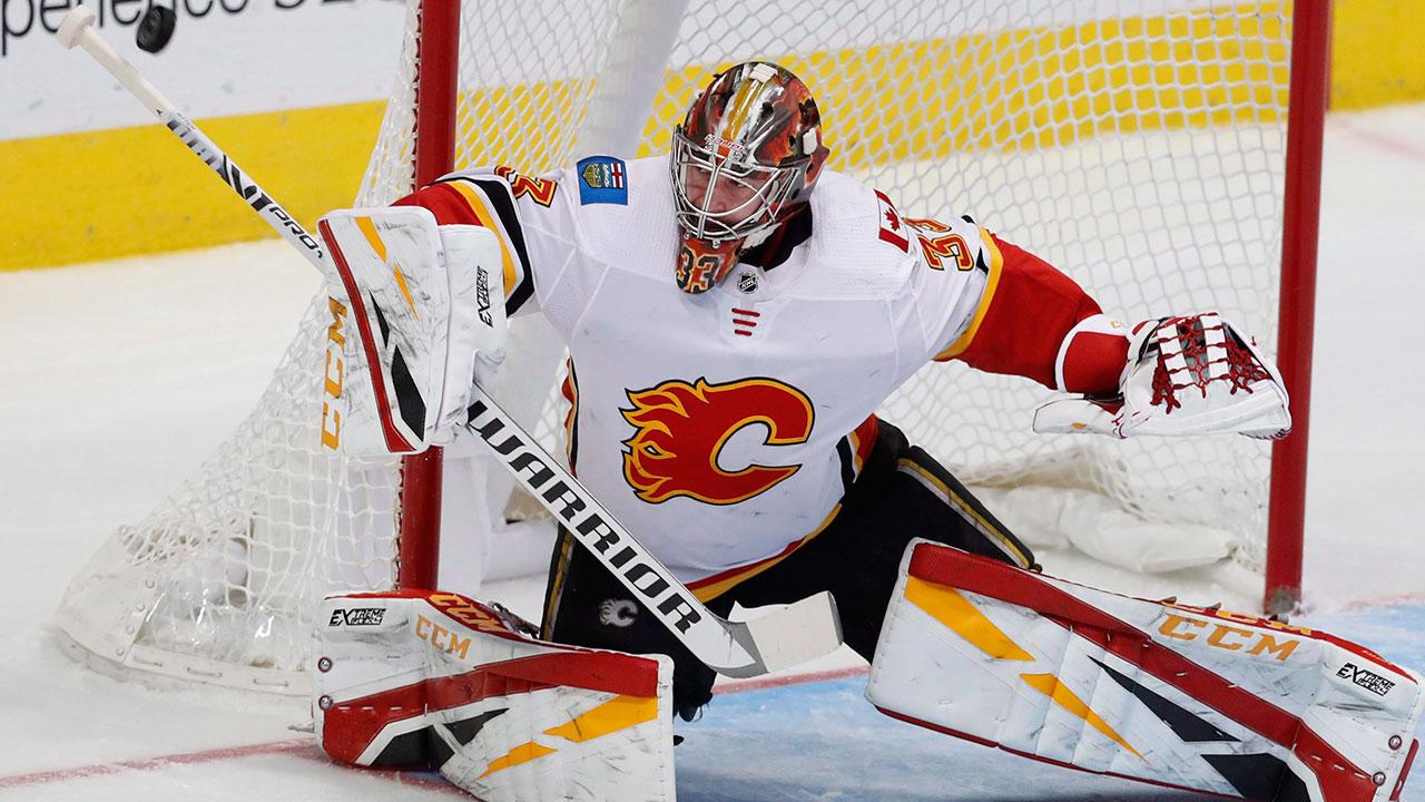 NHL-Flames-Rittich-stops-shot-against-Star