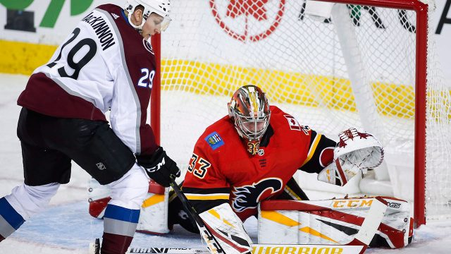 david-rittich-flames-avalanche