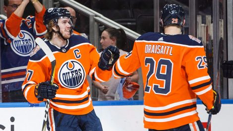 oilers-connor-mcdavid-celebrates-with-leon-draisaitl