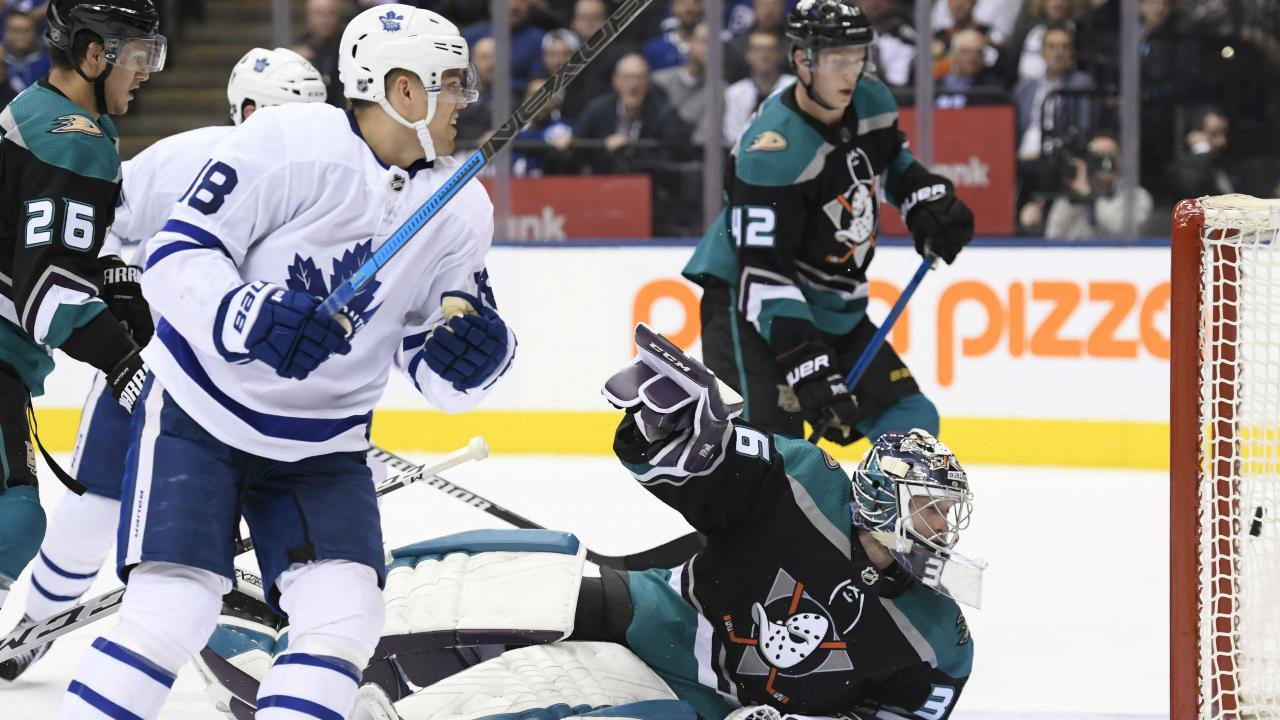Muzzin scores, Johnsson has 4 points as Maple Leafs roast
