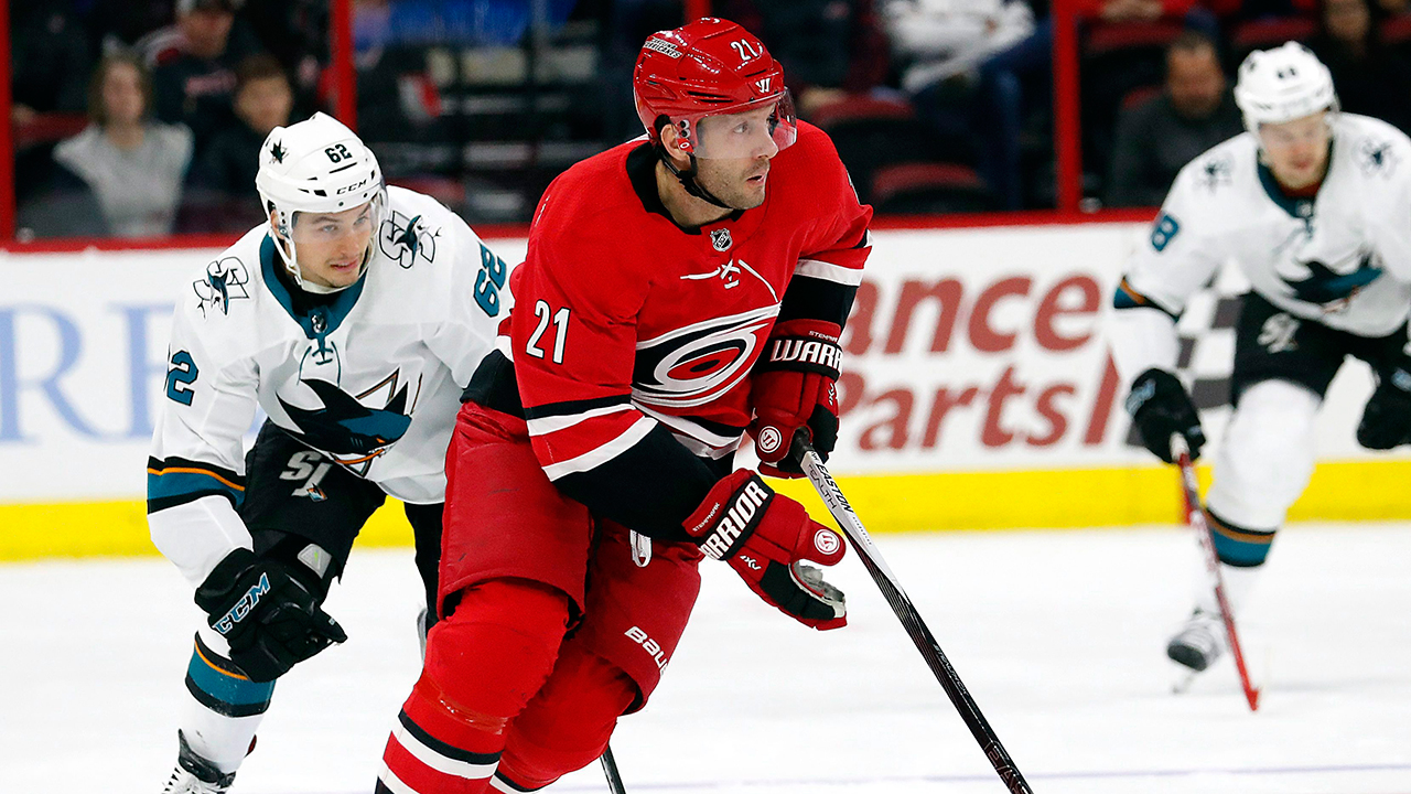 Journeyman forward Lee Stempniak retires from NHL after 13 seasons