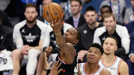 NBA-Durant-scores-at-all-star-game
