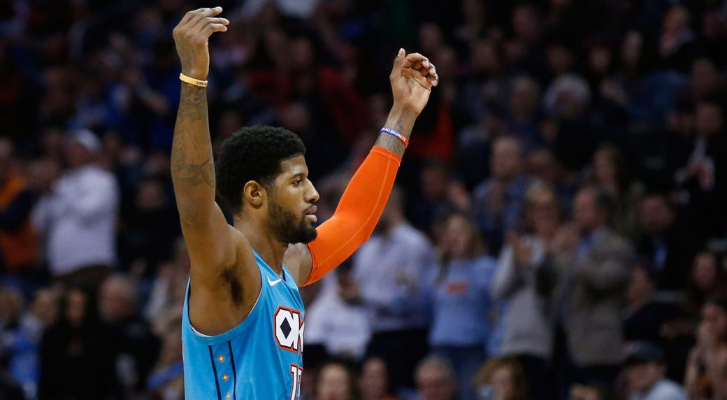 NBA-Thunder-George-gestures-to-crowd-after-bucket