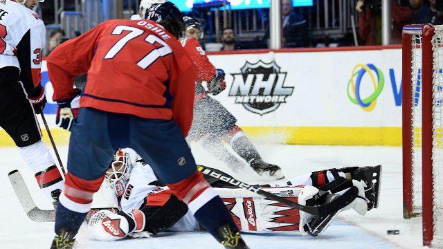 NHL-Capitals-Oshie-scores-against-Senators