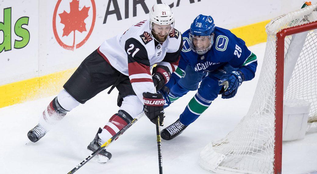 NHL-Coyotes-Stepan-skates-against-Canucks