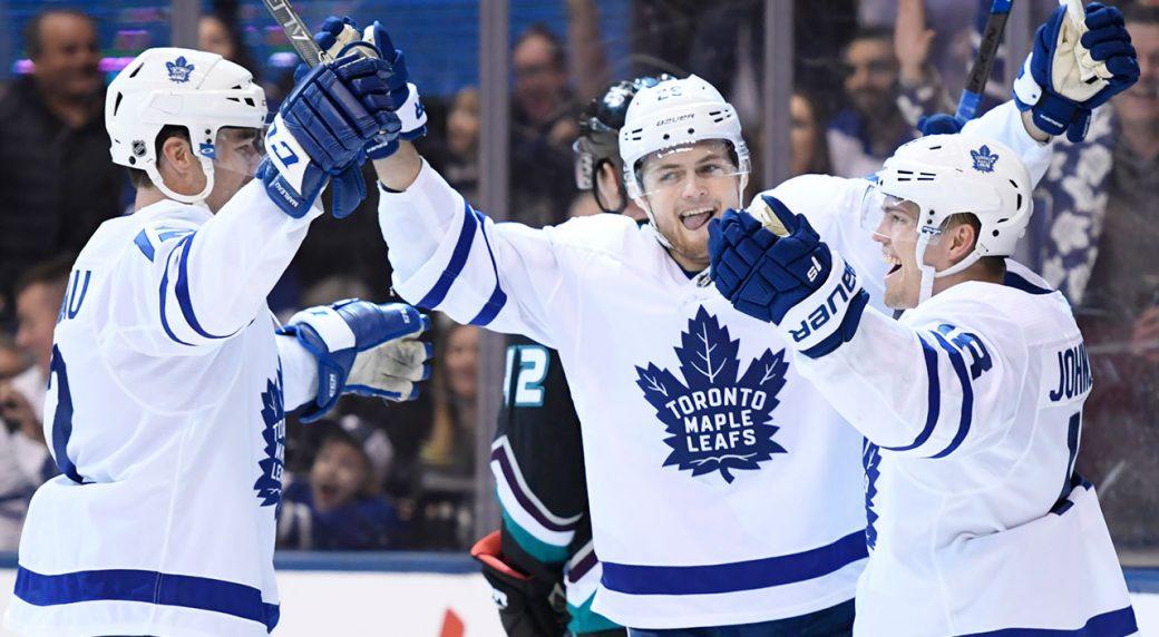 NHL-Maple-Leafs-Nylander-celebrates-goal-against-Ducks