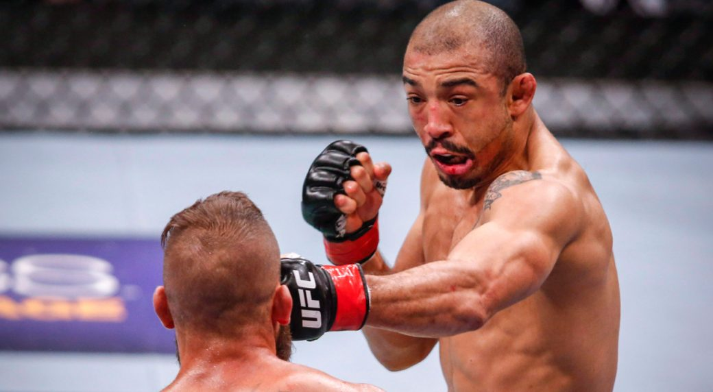jose-aldo-lands-punch