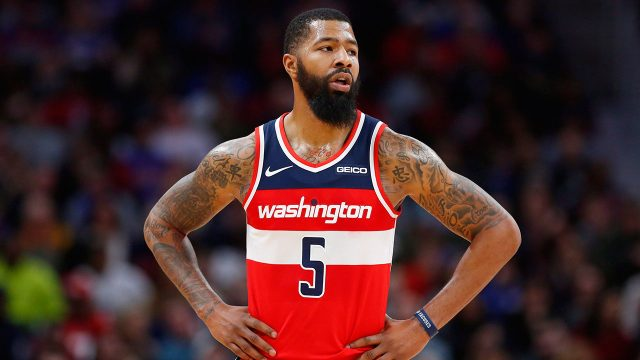 markieff-morris-stands-with-his-hands-on-his-hips