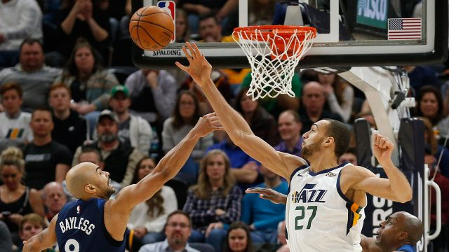 rudy-gobert-blocks-a-shot-by-jerryd-bayless
