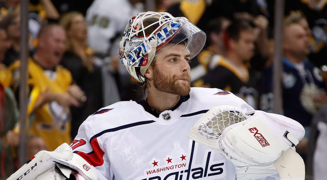 Canucks' ink former Cup winner Holtby to a 2 year deal