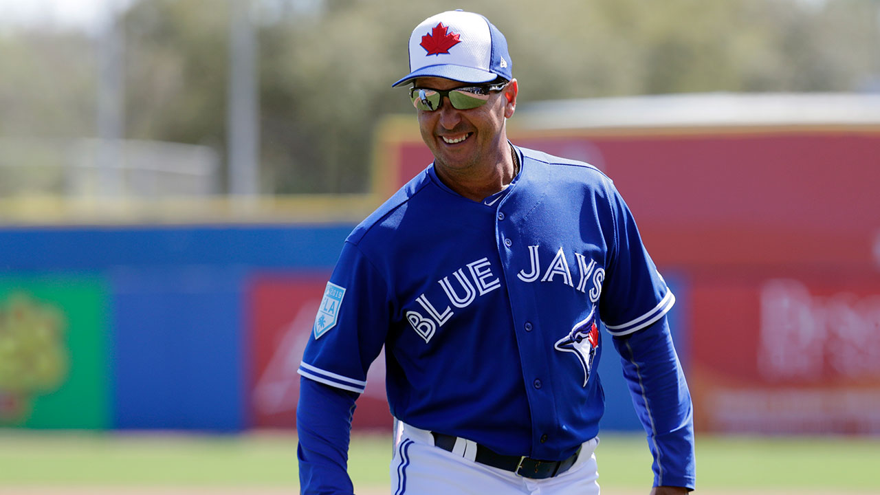 MLB-Blue-Jays-Montoyo-watches-a-spring-training-game